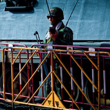 A royal Thai army soldier © Null0 via Flickr (CC BY 2.0)