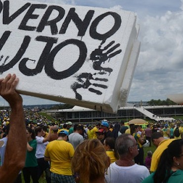 Brazilians protest against the government and corruption, 15 March 2015 © José Cruz/Agência Brasil (CC BY 2.0)
