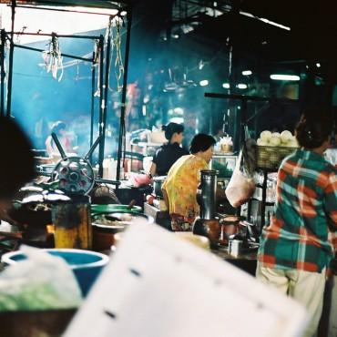 Russian Market, Phnom Penh, Cambodia. Photo: Xiaojun Deng via flickr.com,  CC BY 2.0