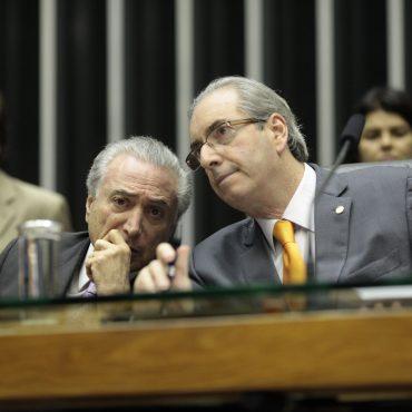 Acting President Michel Temer (l.)